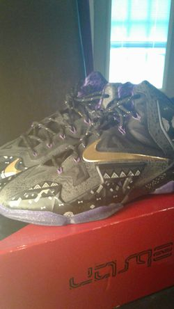 Lebron XI-BHM 11.5 Condition 9.9/10 Only worn once Thumbnail