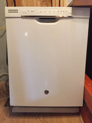GE Dishwasher Great condition for Sale in Renton, WA