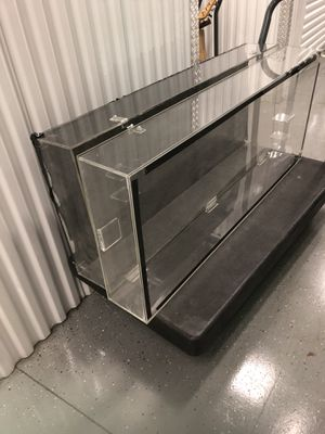 Acrylic GUITAR display cases with doors USED for Sale in Orlando, FL