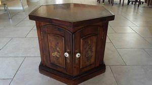 Wooden hegzagon crate for Sale in Phoenix, AZ