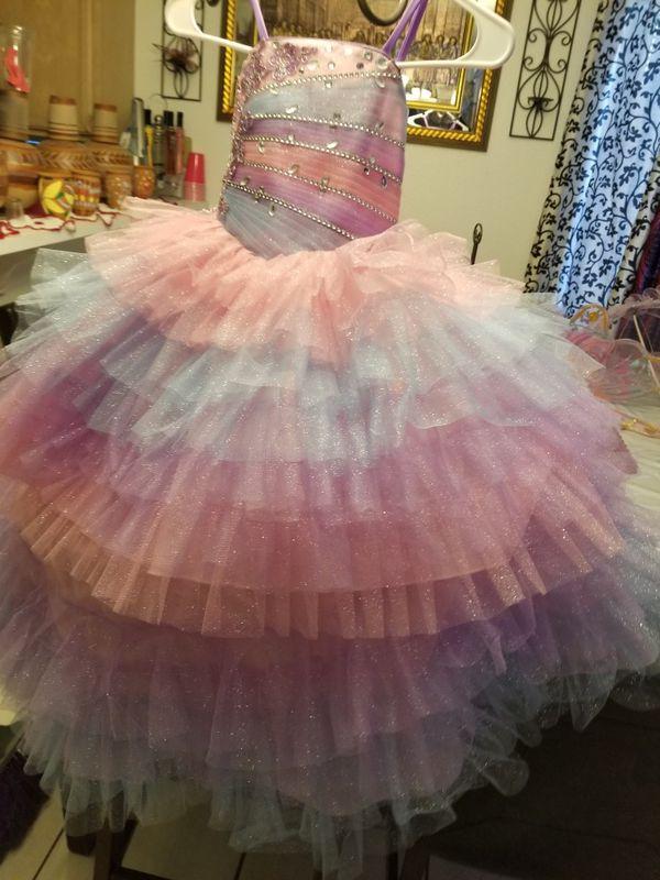 Vestido De Unicornio Para 3 Años For Sale In Las Vegas Nv