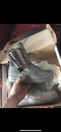 Wolf gray Nike asf. Brand new never work. Size 13. With receipt from original purchase Thumbnail