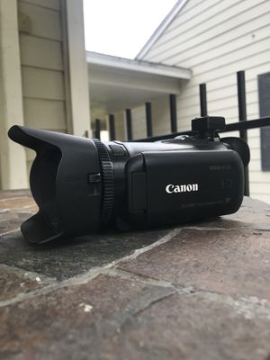 Canon video camera: Vixia g20 for Sale in Houston, TX