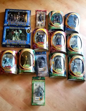 Large Lord of The Rings Action Figure Lot Collection! for Sale in Aloma, FL