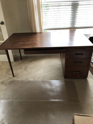 Photo Antique Desk with drawers and pullout