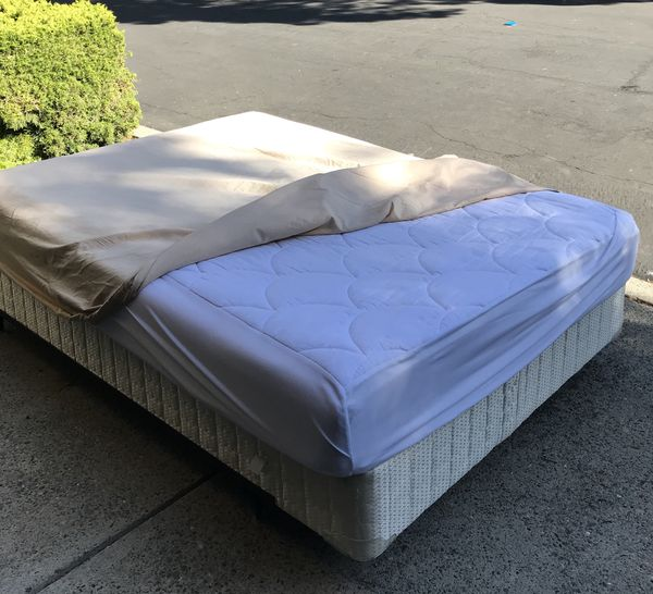 Full size bed, box, frame, mattress top and cover included - In ...