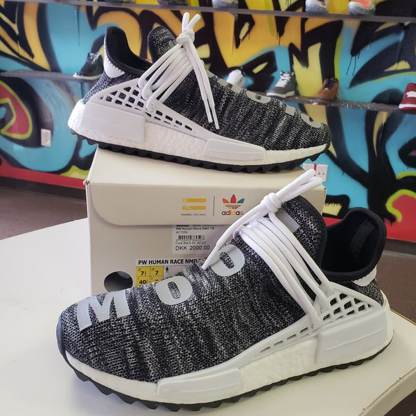 competitive price 24fac 08365 Adidas Human Race Nmd Pharrell Oreo Size 7.5 for Sale in Stockbridge, GA -  OfferUp