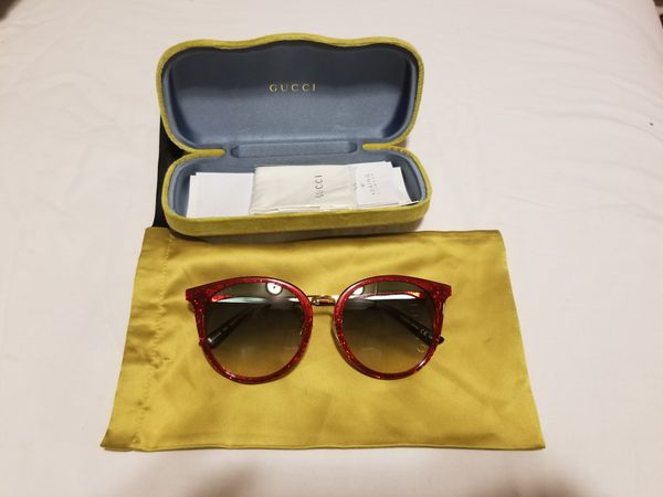 44b70acf18f Brand new from nordstrom Gucci sunglasses for Sale in Ontario
