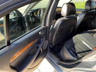 2004 Jaguar X-Type Thumbnail