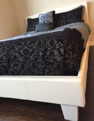 New White Queen Bed for Sale in Silver Spring, MD