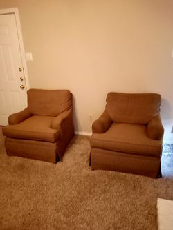 Twin sofa chairs for sale 30$ each Thumbnail
