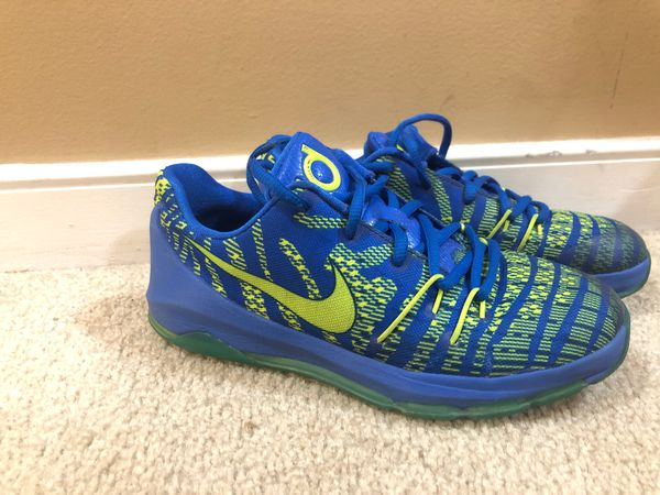 save off a13a8 aa56c Nike KD 8 blue fluorescent green shoes. Boys size 3Y for Sale in  Chesapeake, VA - OfferUp