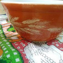 Vintage pyrex Autumn Harvest mixing bowl bowls 401 402 Thumbnail