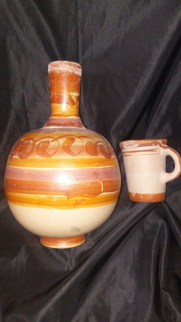 Mexican Clay Water Jug with Cup for Sale in Fontana, CA - OfferUp