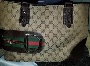 4b4ea78871f New and Used Gucci bag for Sale in Lowell