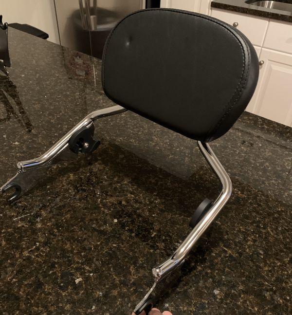 H-D Detachable Sissy Bar Upright W/Med Backrest Pad For