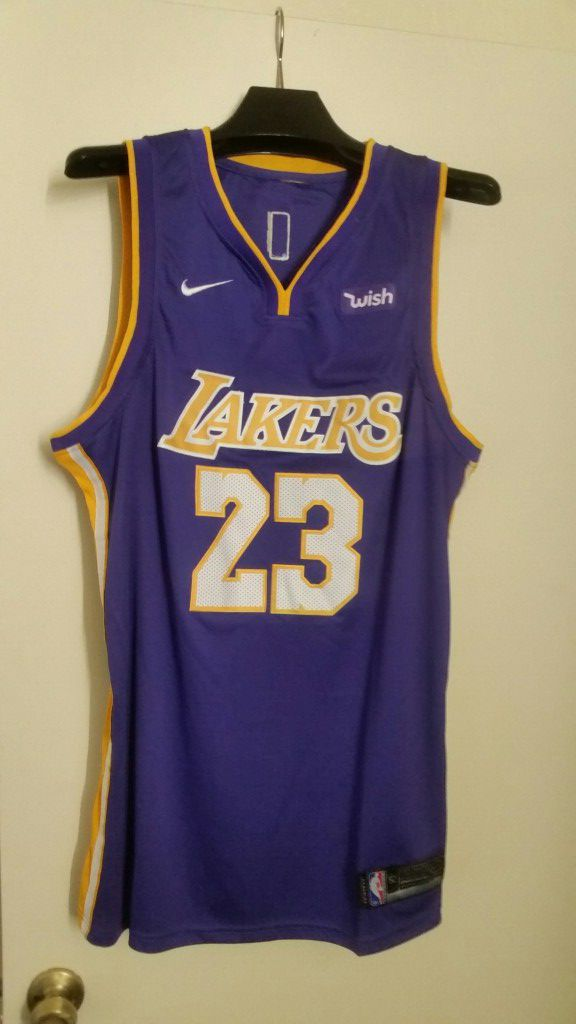 online store 18d6e 6bd0b Los Angeles Lakers authentic Jersey LeBron James fully stitched L, XL for  Sale in Tempe, AZ - OfferUp