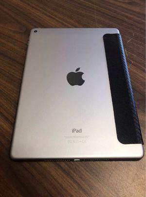 Apple iPad Air 128GB Gen Wi-Fi + (Unlocked) 9.7in Space Gray for Sale in Hyattsville, MD