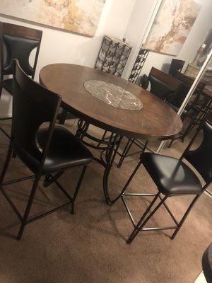 4 pc Dining Room Set for Sale in Clinton Township, MI