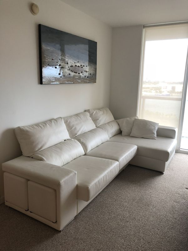 Sofa. Natural Italian Leather. Like new for Sale in Miami, FL - OfferUp