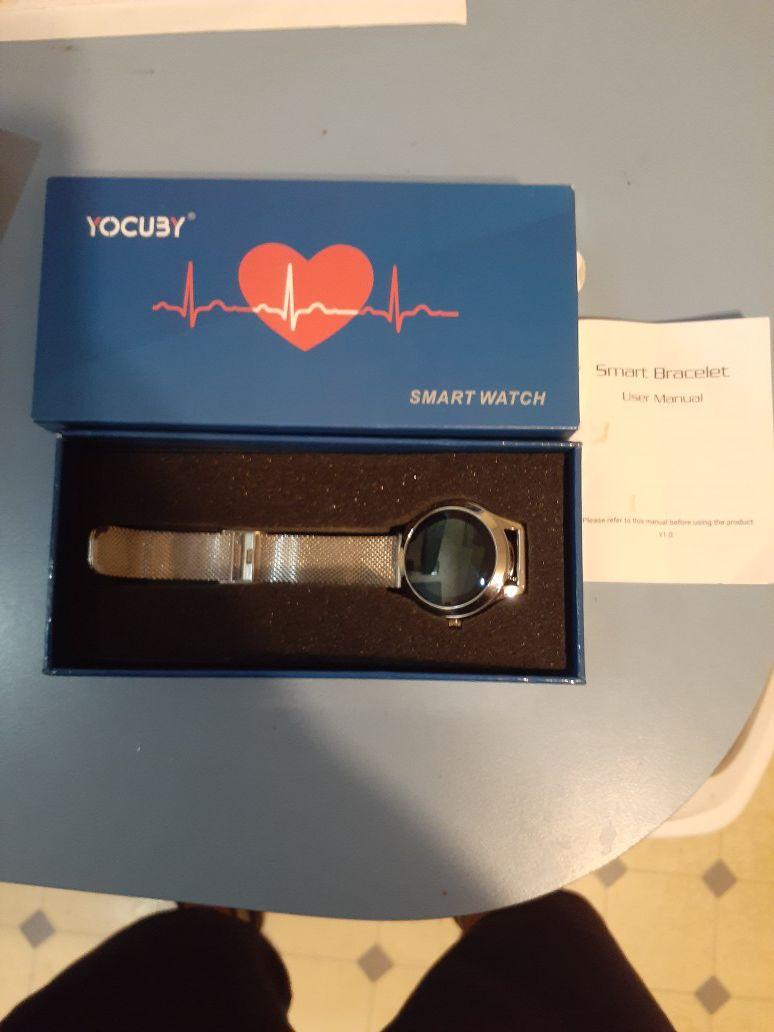 Yocuby silver smart watch