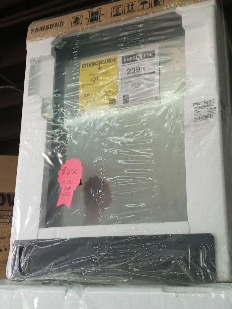 Brand new samsung refrigerator! 2020