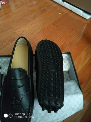 Gucci shoes sizes 10 for Sale in Gaithersburg, MD