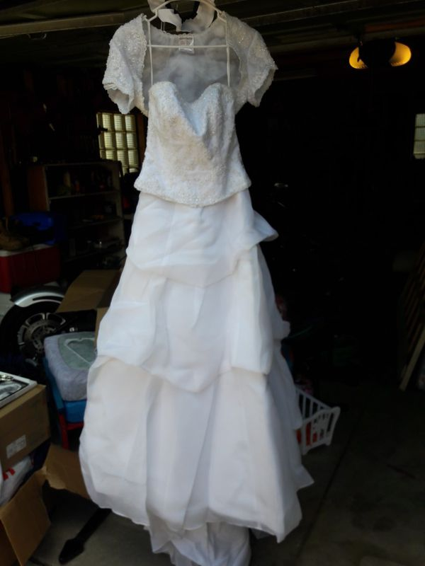 Wedding gown for Sale in Denver, CO - OfferUp