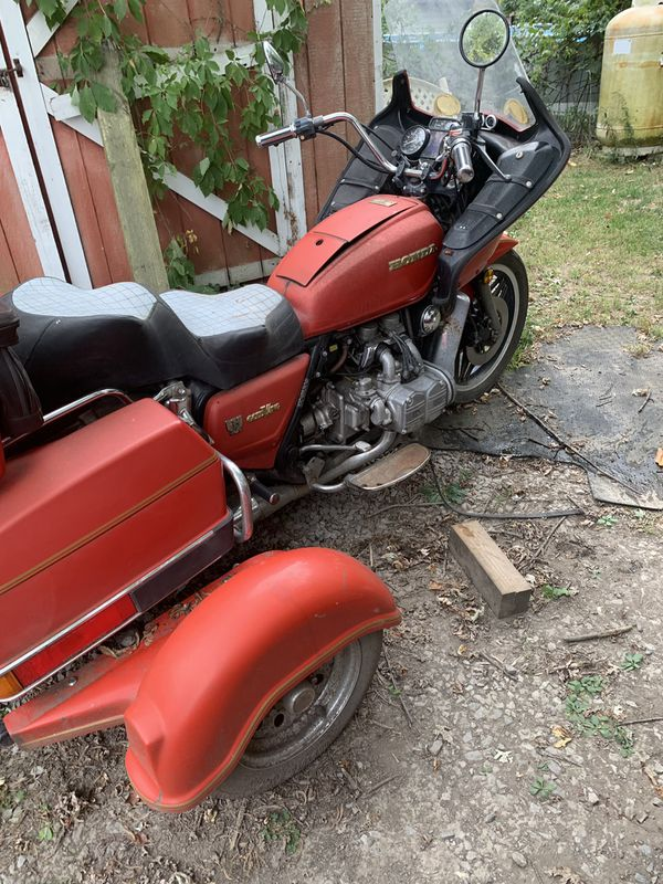 1981 goldwing with tow pack trike kit (needs wiring harness installed to run i have the harness) 62,