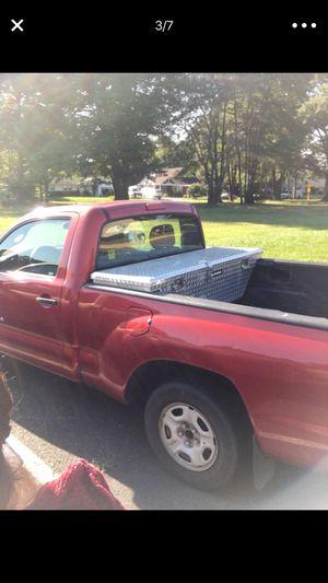 Toyota Tacoma 2008 tiene 191.000 es automática la vendo por que no la uso pago seguro por ella for Sale in Alexandria, VA