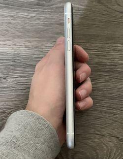 Iphone XR Unlocked Thumbnail