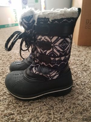 Photo Toddler girl size 6c winter boots. Excellent condition. $7