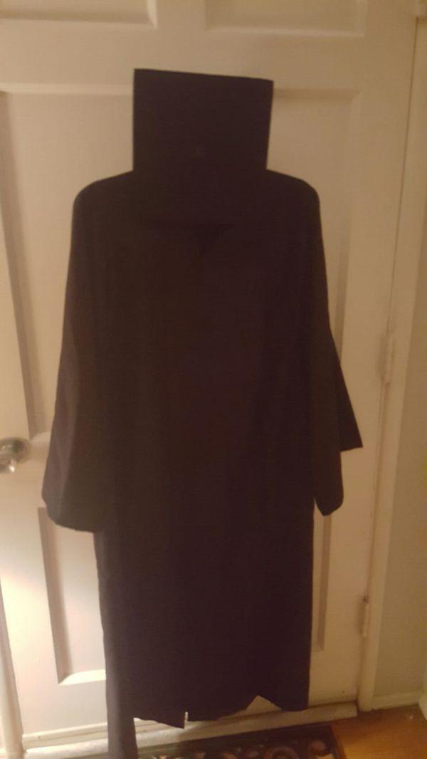 Herff Jones: Graduation Cap and Gown for Sale in Norwalk, CA - OfferUp