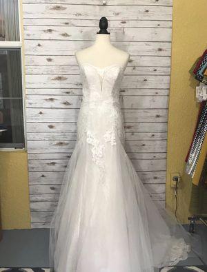 Strapless Wedding Dress size 4 for Sale in Orlando, FL