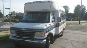 1995 Ford bus runs good 83000 miles for Sale in Columbus, OH