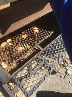 Barbecue pit new never used 250$ Thumbnail
