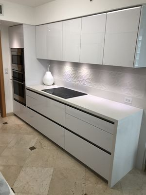 Pembroke Pines, FL. Kitchen Made in Italy SNAIDERO USA for Sale in SUNNY ISL BCH, FL