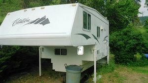 """Camper 9'2"""" with slide out for Sale in Cashmere, WA"""
