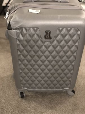 Suitcase for Sale in Upper Marlboro, MD
