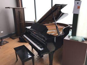 Essex piano egp183 for Sale in Chicago, IL