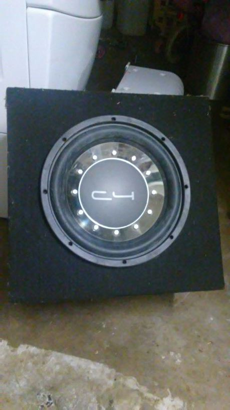 12 inch C4 subwoofer for Sale in Modesto, CA - OfferUp
