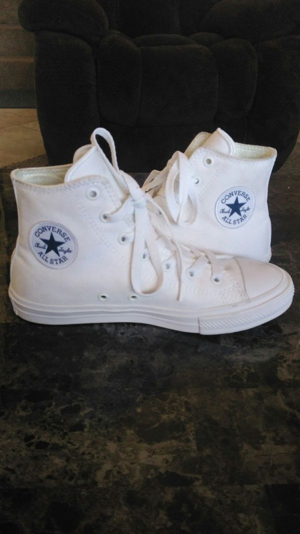 WHITE CONVERSE ALL STAR!! YOUTH SIZE 3...NEW (Household) in Perris ... 9e1b4d838
