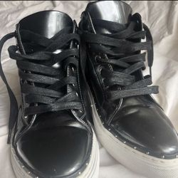 Women's Leather Shoe: Size 7 Thumbnail