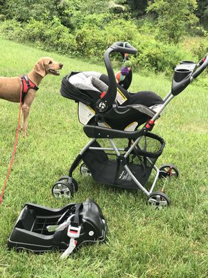 Baby trend 2016 infant car seat, 1 base, 2 snap-n-go strollers. Dog not included. for Sale in Brambleton, VA