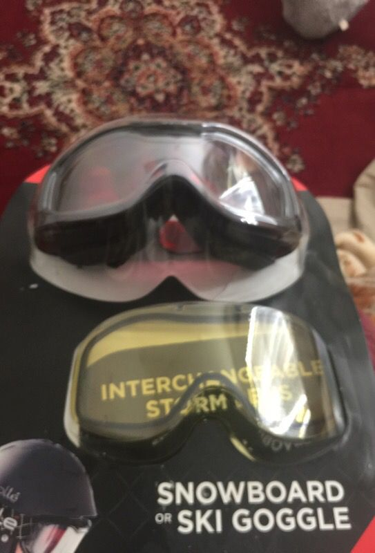 51e128452d75 Bolle Goggles New Interchangeable storm lens!! for Sale in Belmont ...