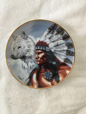 Spirit of the white wolf. Decorative plate. 8 inches in diameter. no. H51858 for Sale in Miami, FL