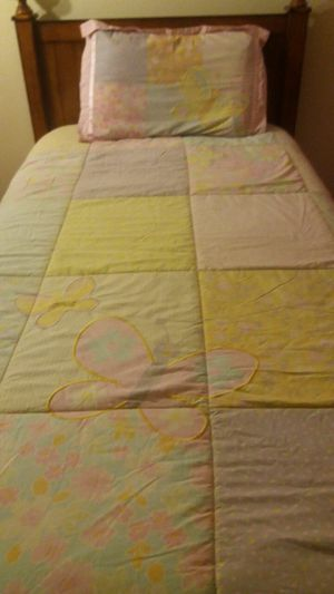 twin bed comforter set for Sale in Milford Mill, MD