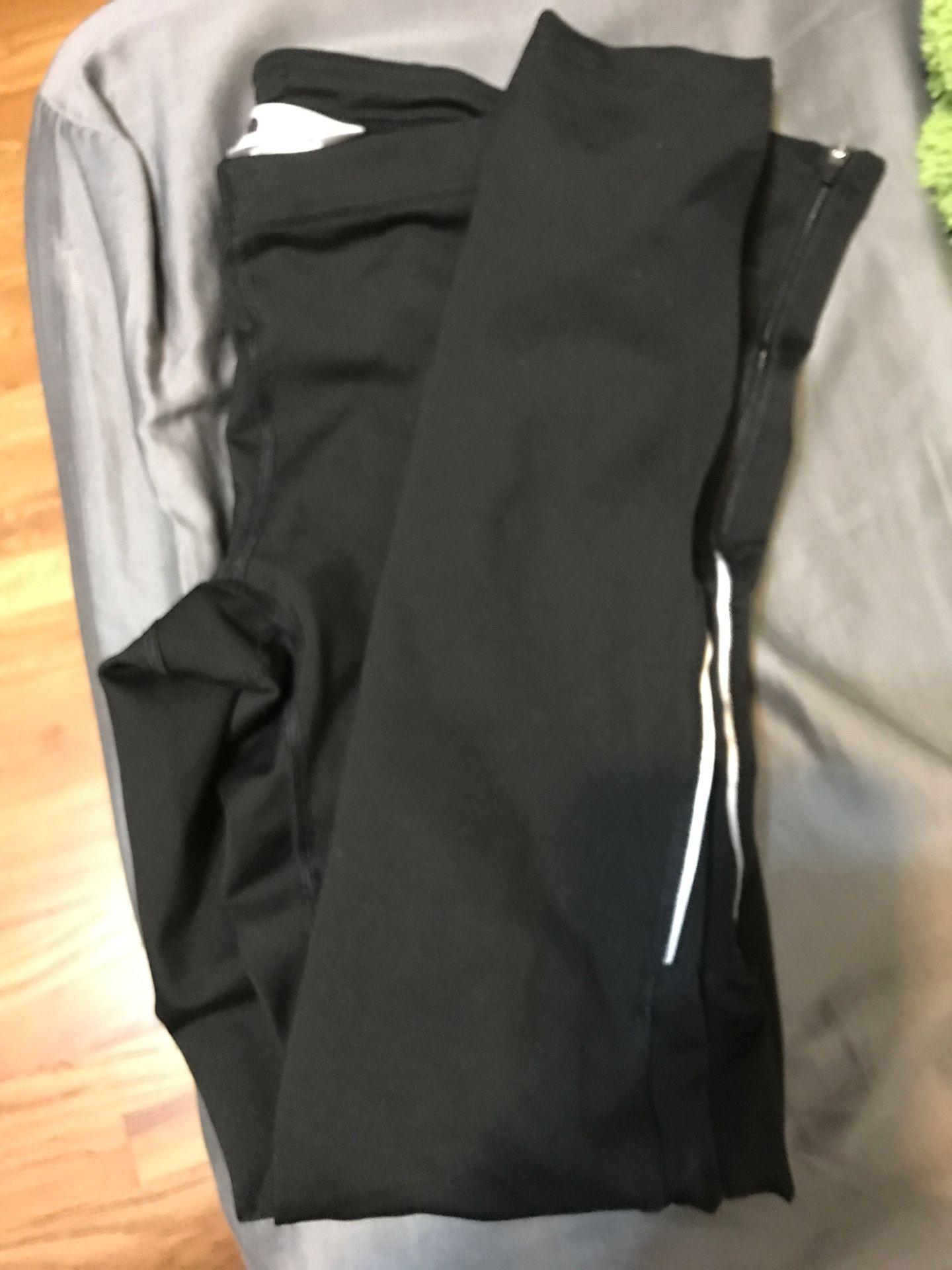 Black North Face leggings size XS