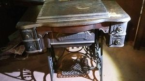 Early 1900s New Home Minnesota Sewing machine for Sale in Chapel Hill, NC