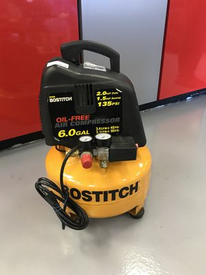 Bostitch 6 gallon air compressor 62764 for Sale in Federal Way, WA